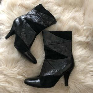 Nine West suede and leather ankle boots size 7.5